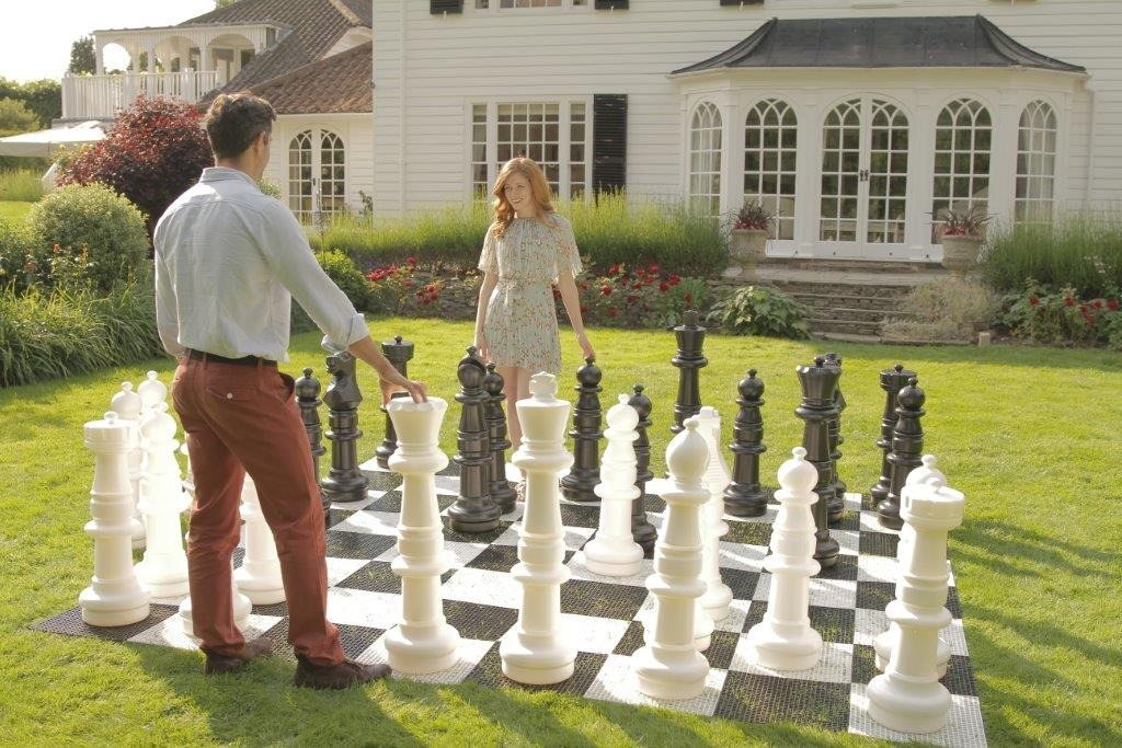 mega-chess-people