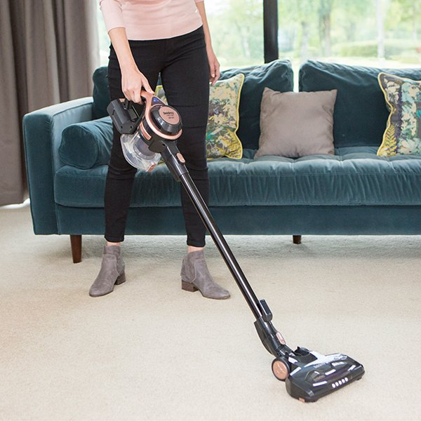 woman-with-hoover
